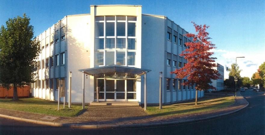 unser Bürogebäude am Großenbaumer Weg